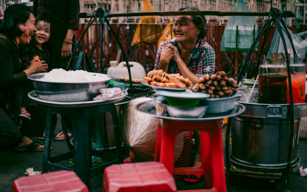 // poor but PURE // AMPt AMPt_community Candid Crowd EyeEm EyeEm Best Shots Food Human People People And Places People Of EyeEm People Photography People Watching Smile Street Street Photography Streetphoto_bw Streetphoto_color Streetphotography The Street Photographer - 2017 EyeEm Awards Vacation Time Vietnam