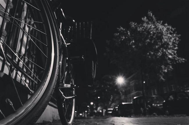 ~ 🚲✴ ~ Monochrome Photography CyclingUnites