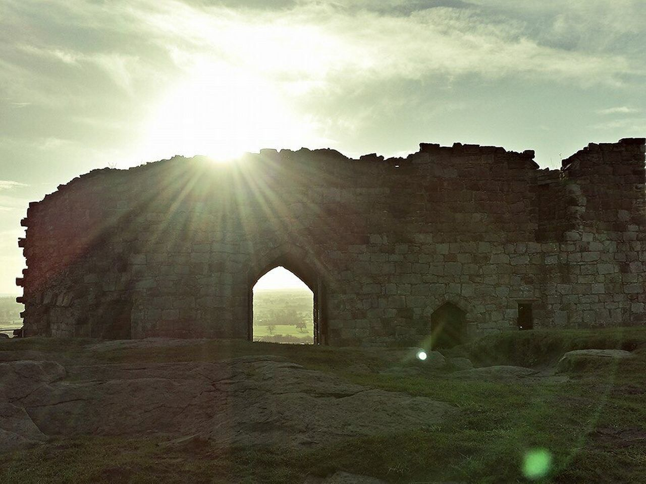 sunlight, lens flare, sunbeam, sun, architecture, history, built structure, sky, day, no people, nature, outdoors