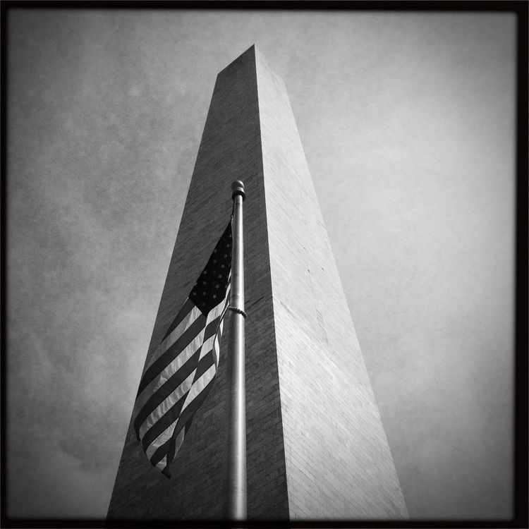 blackandwhite at Washington Monument by mudsock