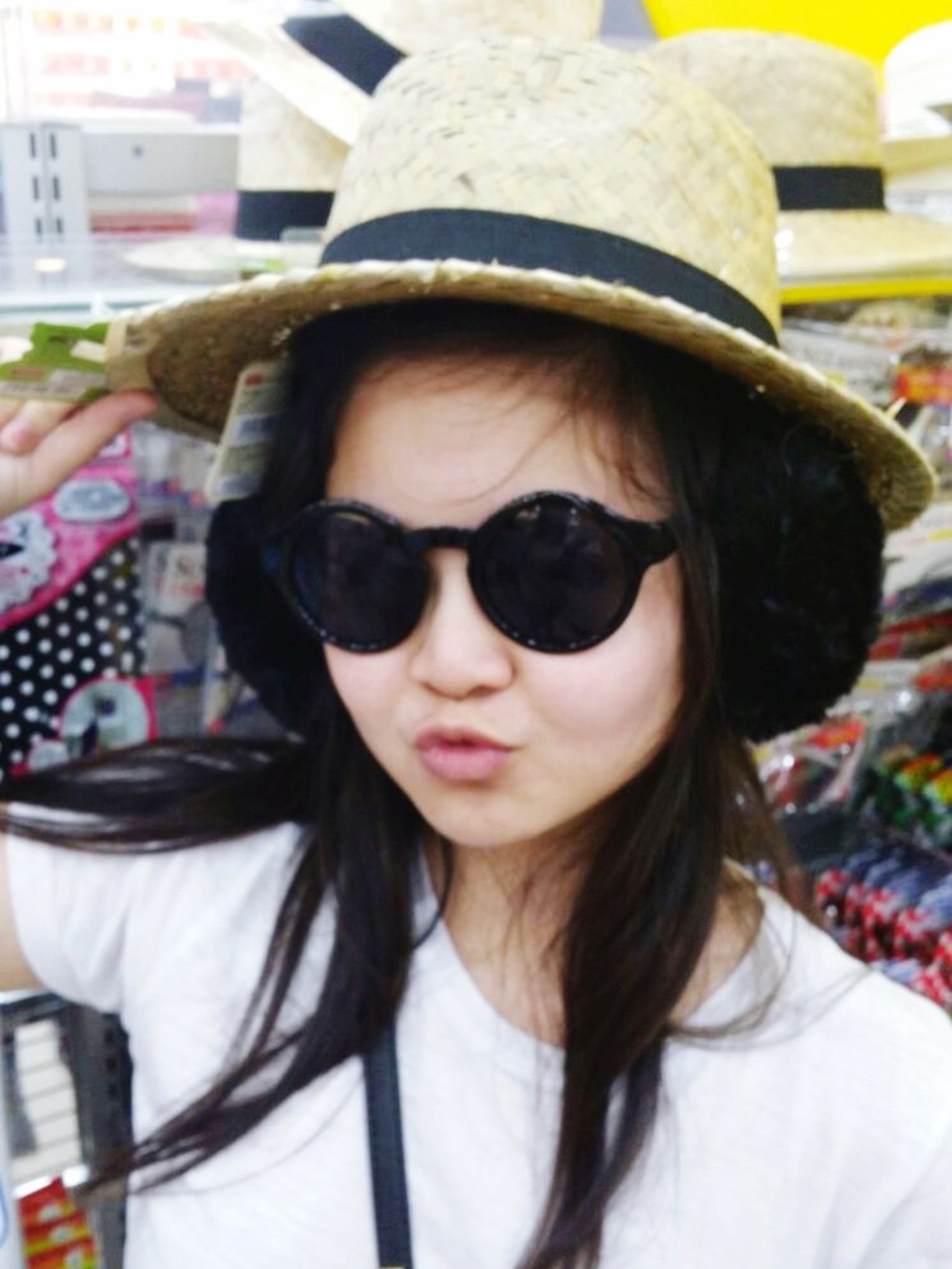 young adult, portrait, looking at camera, person, young women, sunglasses, lifestyles, focus on foreground, leisure activity, front view, headshot, long hair, smiling, casual clothing, head and shoulders, close-up, black hair