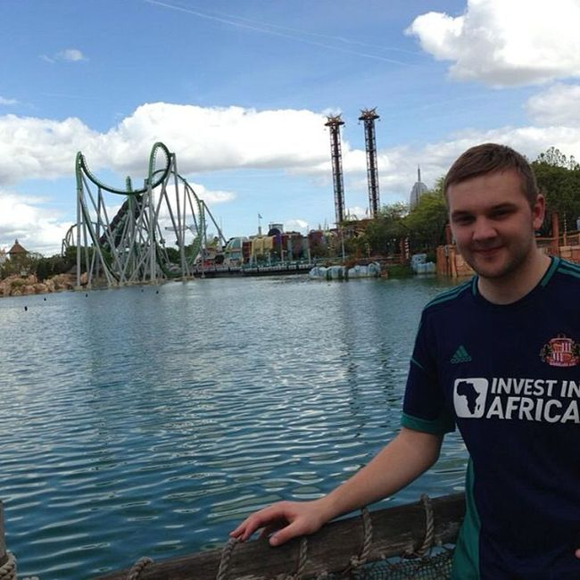 For not liking roller coasters I think I done quite well going on that! Islandsofadventures Thehulk Rollercoaster Orlando universalstudios