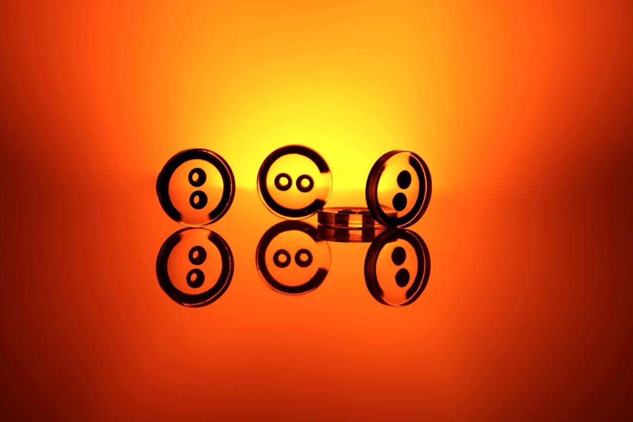 Buttons Button Button Up EyeEm Best Shots Ladyphotographerofthemonth Open Edit AMPt_community Creative Light And Shadow Creativity Lowlightphotography Hintergrundgestaltung Backcloth_MSB Tadaa Community EyeEm Masterclass Eye4photography  Pattern Pieces