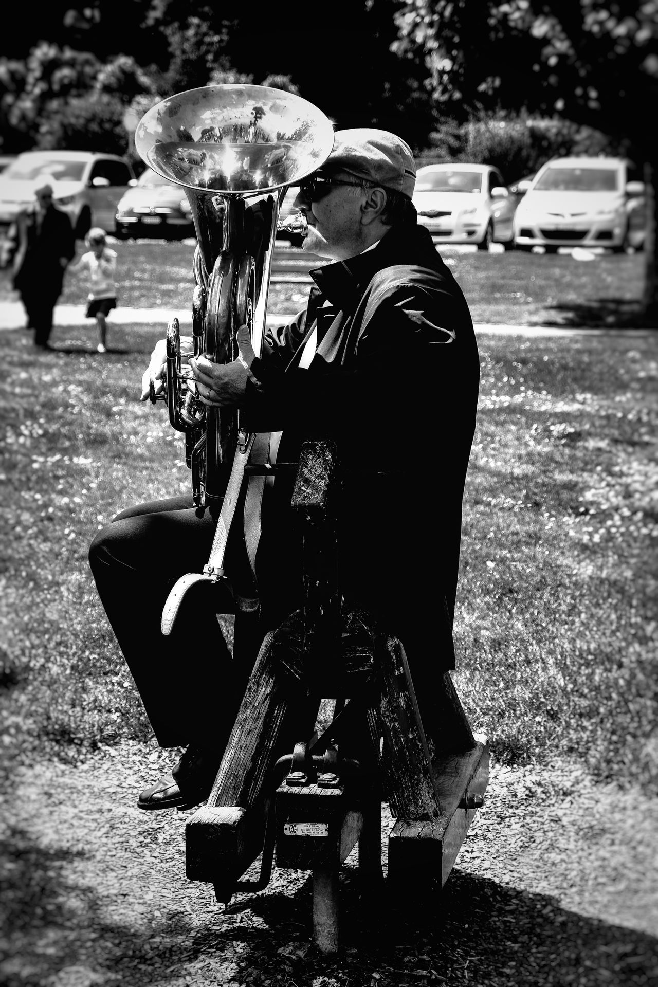 Saxophonist Jazz Band Streetphotography Streetphoto_bw People