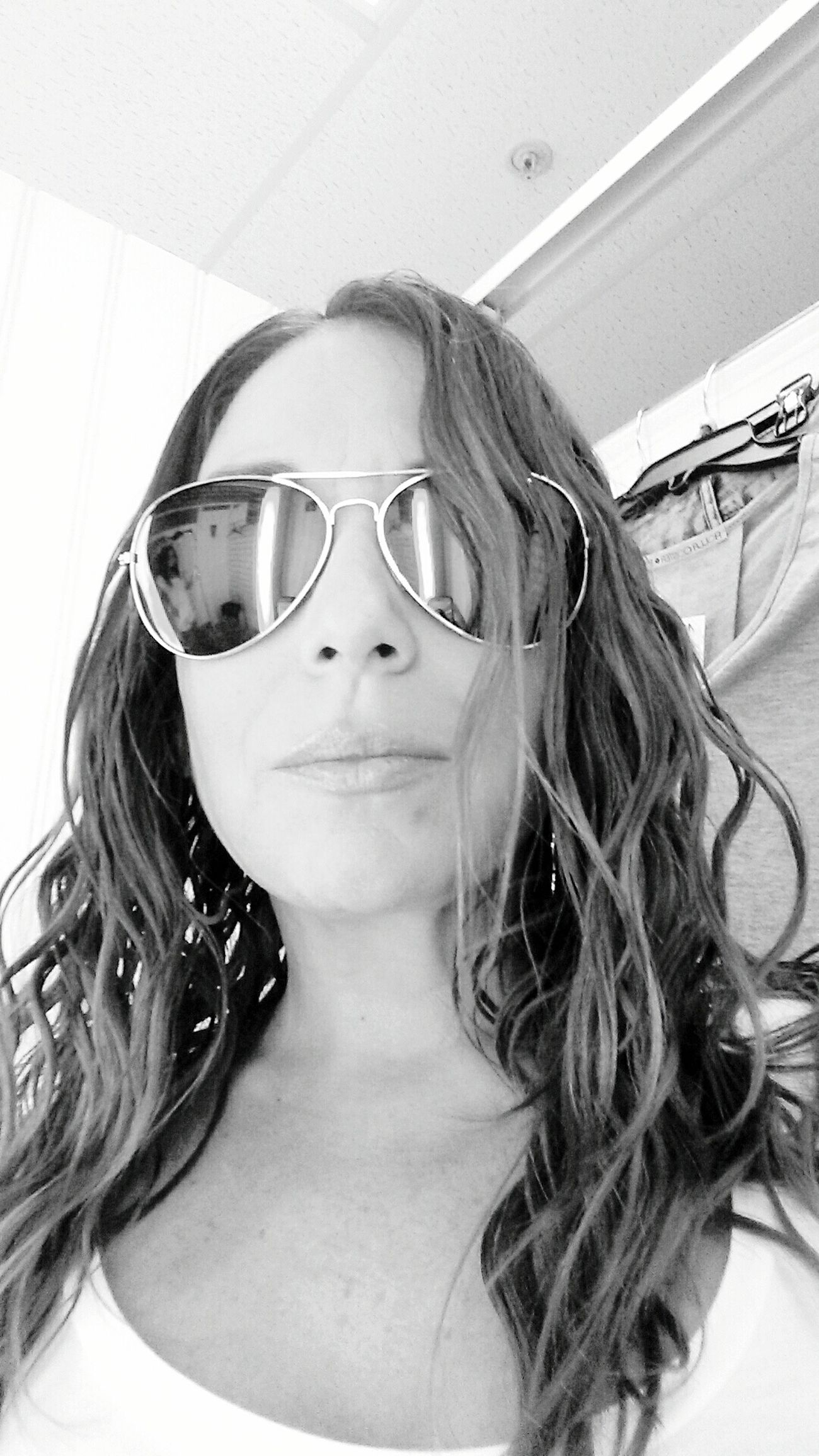 Black And White That's Me Selfie Latinasdoitbetter Hello World Style CrazyHairDay