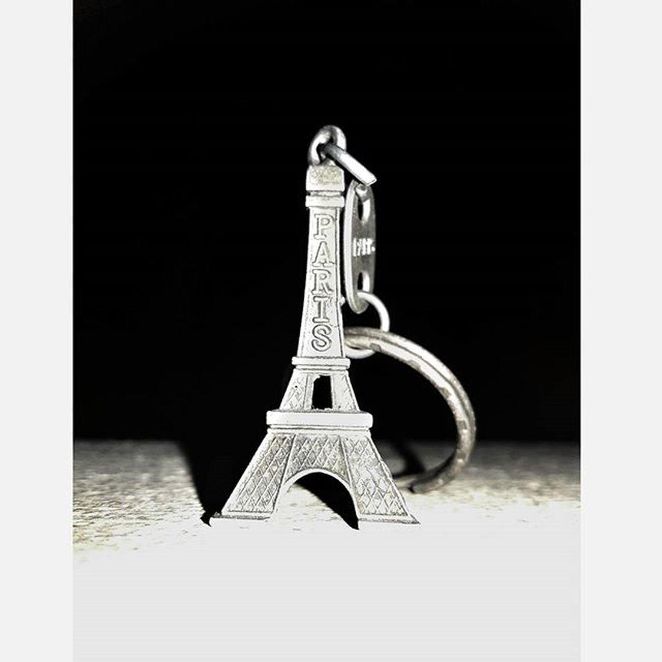 """Its the little things that make life big."" Instapic Instamood Eiffeltower Keyring Photography Snapspeed Igersmauritius"