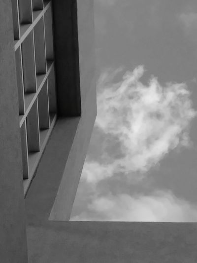 Architecture Cloud - Sky Business Finance And Industry Sky Built Structure No People Outdoors Throughmyeyes EyeEm Selects EyeEmSelect EyeEm Best Shots EyeEm Gallery EyeEm Best Shots - Nature Eyeemphotography Eyeemblack&white Eyeemclouds Clouds And Sky Lessedit