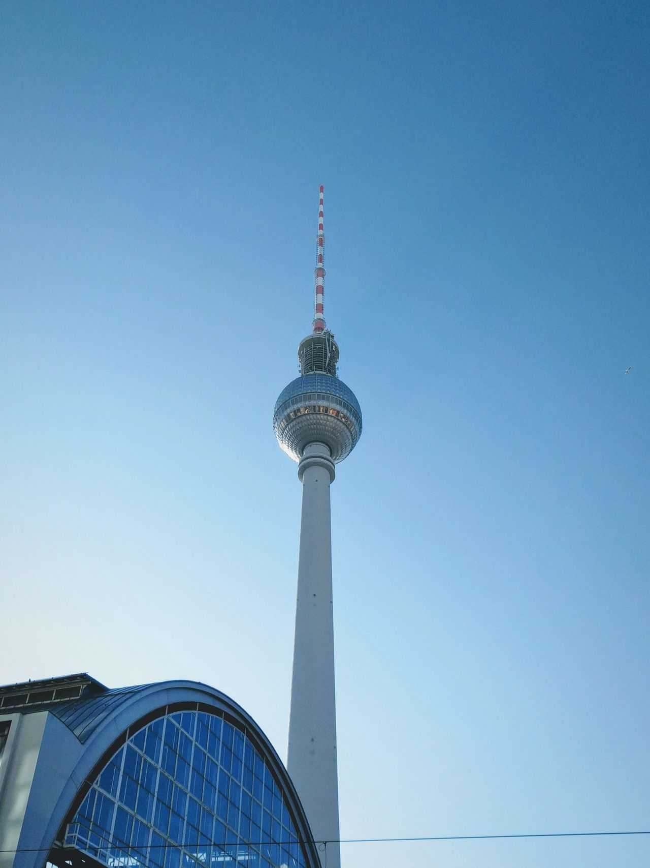 Blue City Communication Tower Travel Travel Destinations Arts Culture And Entertainment Architecture Clear Sky Cityscape Business Finance And Industry No People Outdoors Day Urban Skyline Skyscraper Sky Architecture Alexanderplatz Fernsehturm Fernsehturm / Tv Tower Berliner Ansichten Berlin Commuting Commute