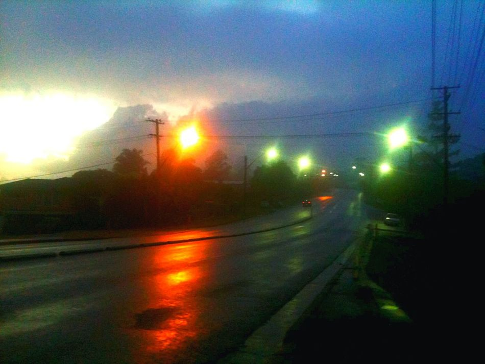 Hello World Early Morning Wet Morning Misty Morning Colors Lismore Darkness And Light
