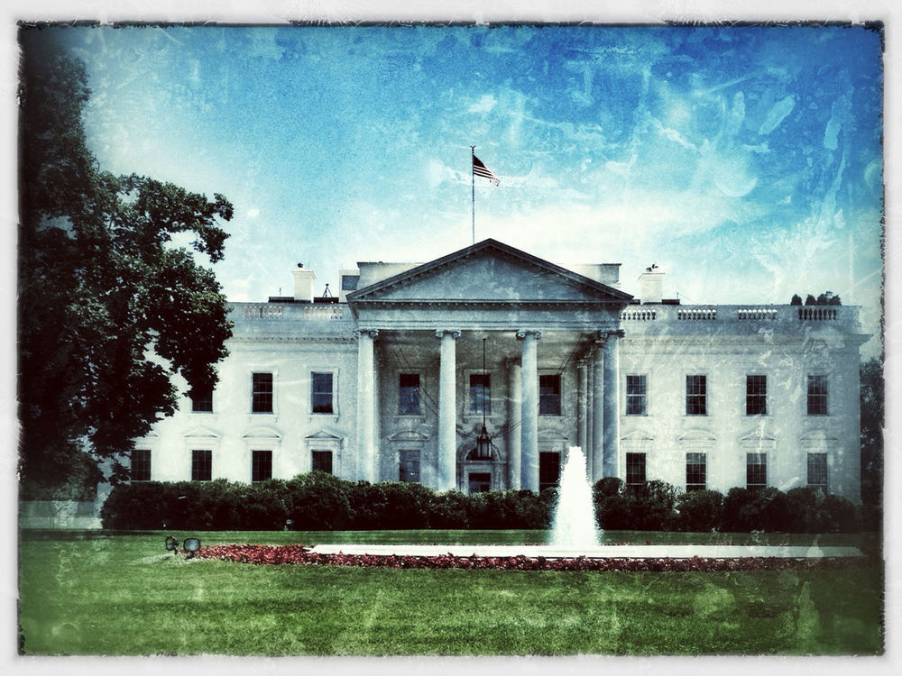 Hanging out at The White House by Denrael