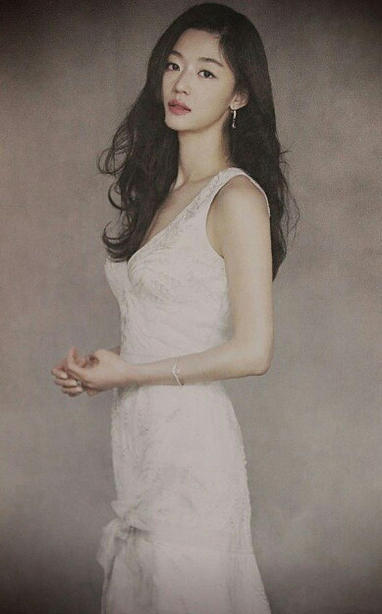 전생에 나라를 구하면 이렇게 태어날까. 이쁨 완전이쁨 Beautiful Korean Actress 전지현