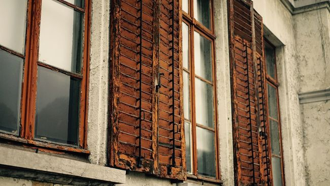 Architecture Building Exterior Built Structure Window No People House Day Outdoors Close-up Building Facade Building Façade Outdoor Photography Detail Old House Vintage Old Building