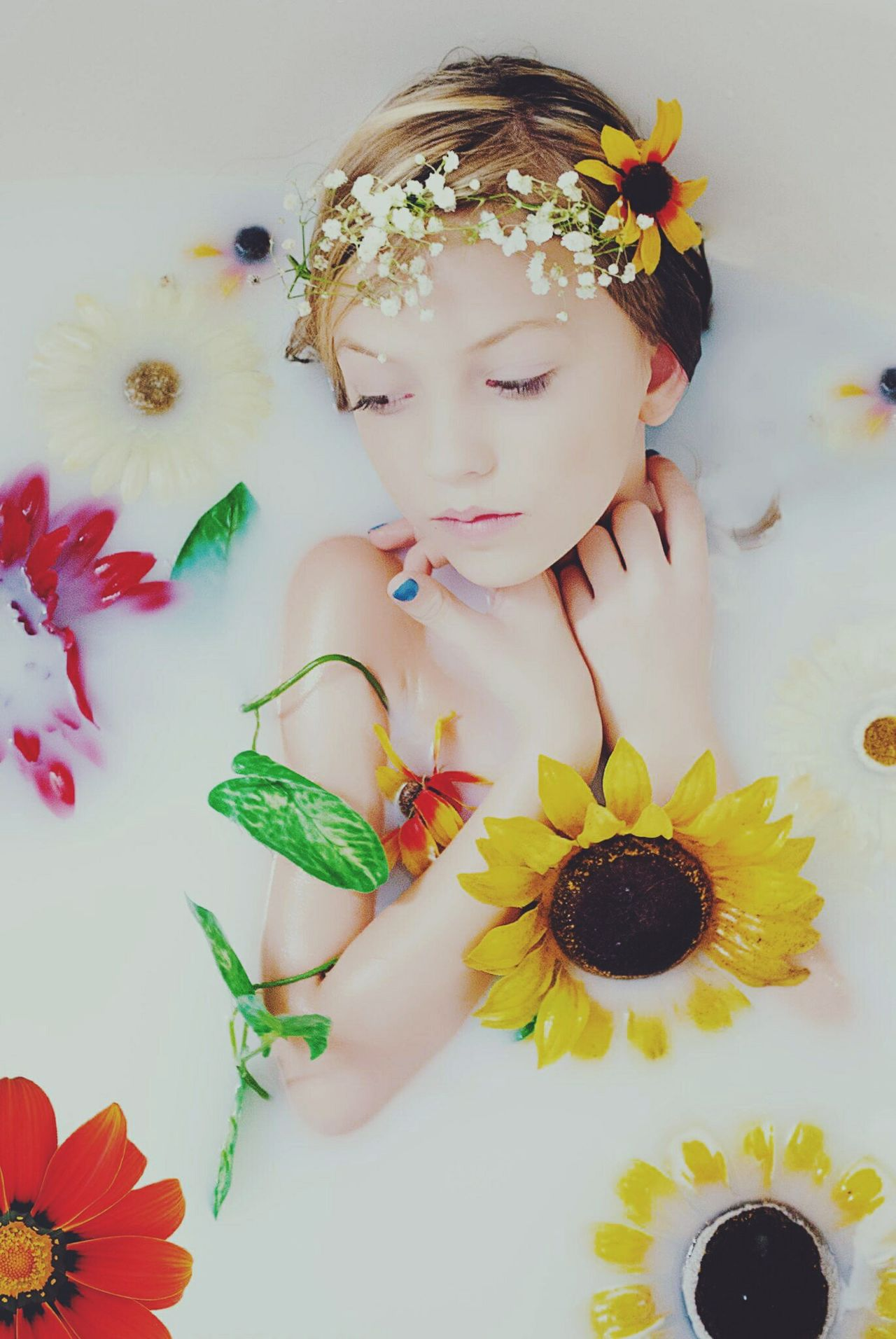 Beautiful stock photos of sunflower, 8-9 Years, Caucasian Appearance, Girls, bath
