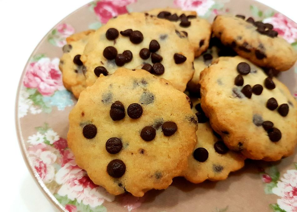 When bored, make cookies Food Baking Homemade Cookies Chocolatechip Foodphotography Ilovefood