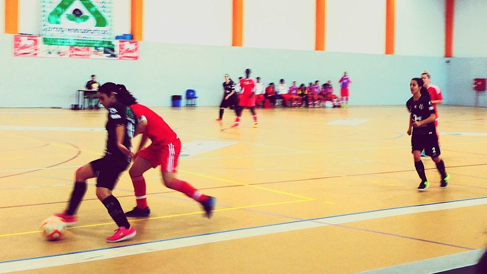 The Color Of Sport Photography In Motion Futsal Futsal Team Woman Who Inspire You Women Who ınspire You Woman Playing Futsal Women Of EyeEm Taking Photos PhonePhotography novasemente vs sl benfica