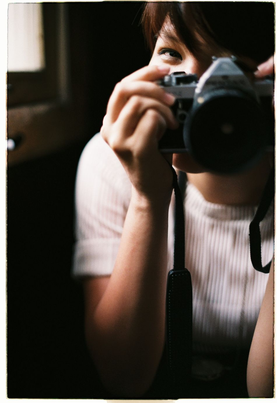 Camera Camera Girl Eye Eyes Are Soul Reflection Girl Happy Happy Girl  Photographer Photographing Portrait Portrait Of A Woman Shy Shygirl Smile Smiling Eye Smiling Eyes Smiling Girl Smiling Girls Woman Woman Portrait Women Who Inspire You Young Adult Young Woman Young Women