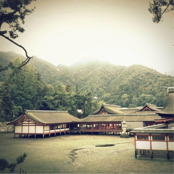 Sightseeing at 厳島神社 本殿 Sightseeing