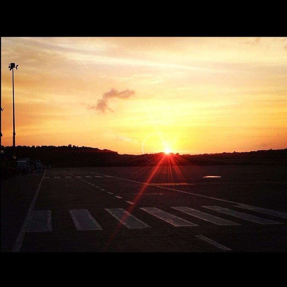 Sunrise Westindies_colors Wu_caribbean Ilivewhereyouvacation Instagram_473 Islandlivity Instapretty Iphone5s Instagram Ourbestshots Allshots_