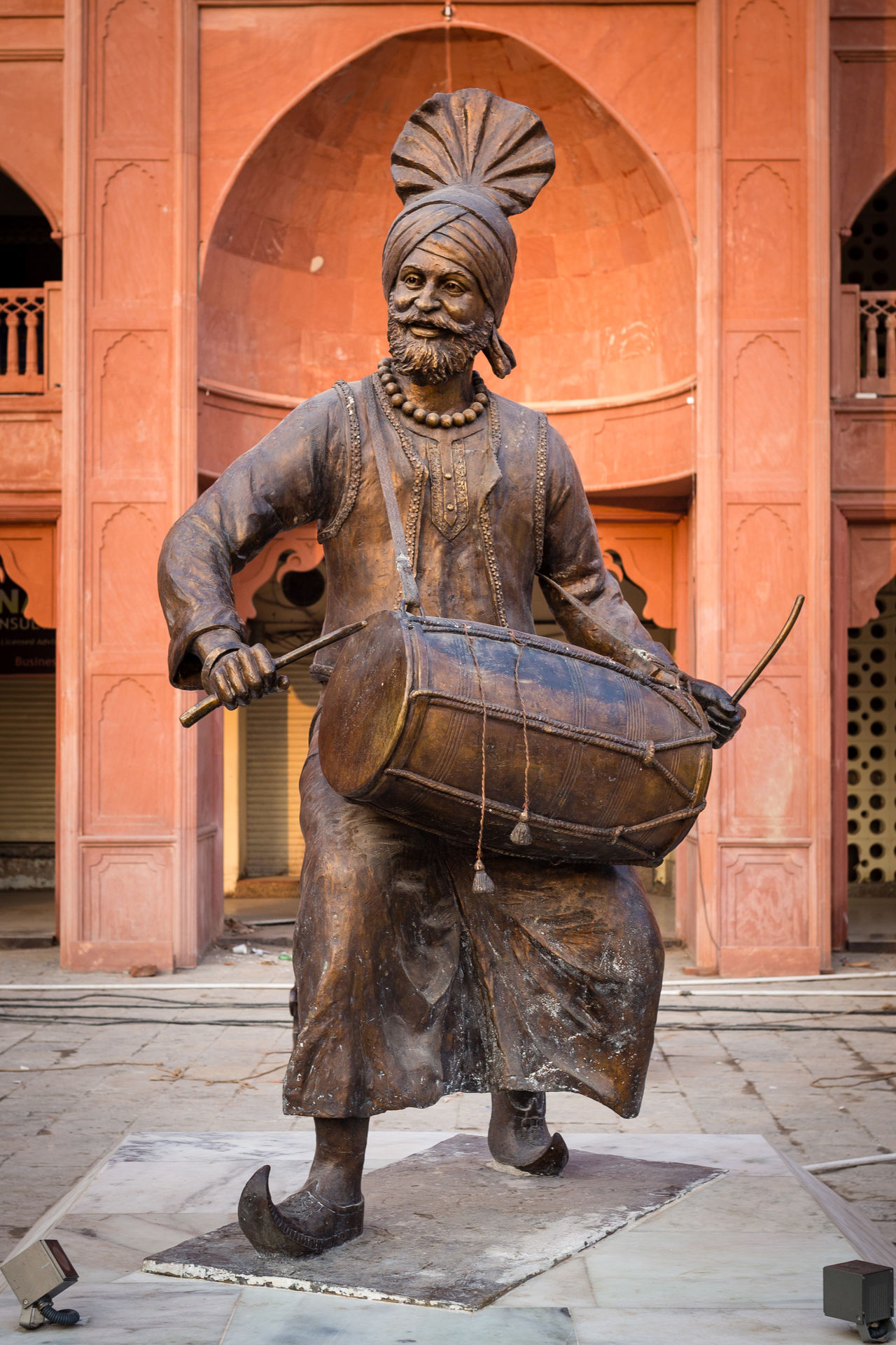 Statue of a Traditional Drummer in front of the Golden Temple, Amritsar, India Amritsar Drummer Drums Golden Golden Temple India Indian Indian Culture  Musician Outdoors Palace Punjab Punjabi Sculpture Statue Temple Traditional Traditional Clothing Traditional Culture