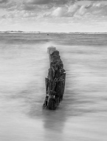 Buhnen Langzeitbelichtung Northsea Water Olympus OM-D E-M5