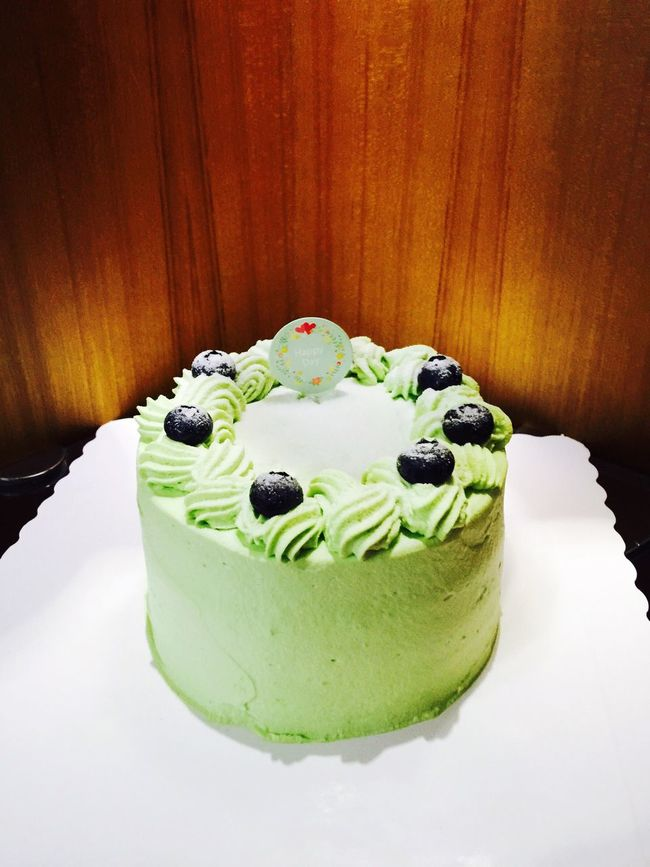 🍰 Cake♥ Enjoy The Day Matchagreentea Strawberry Smile ✌ Cake Time Hello World Fruits ♡ Beautiful Day Winter Tasty Yummy! Relaxing Afternoon Tea Desserts Green Color Green Green Green!  First Eyeem Photo Food Buleberry