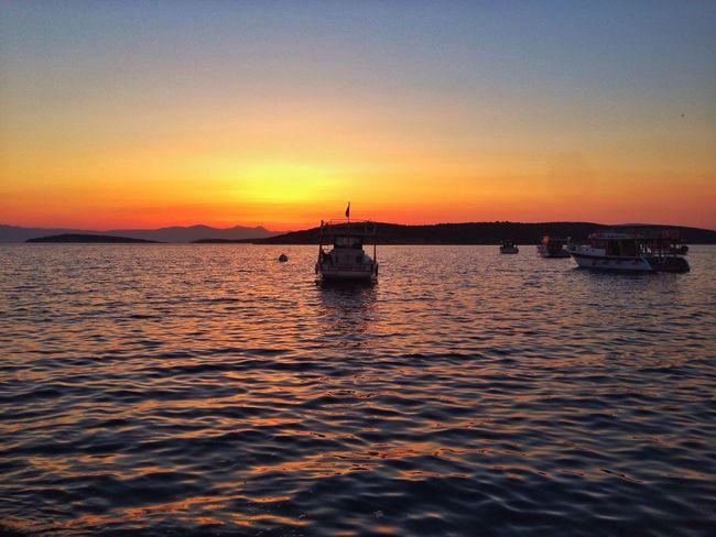 Sunset Beauty In Nature Orange Color No People Boat Sunset_collection Çeşme Izmir Turkey