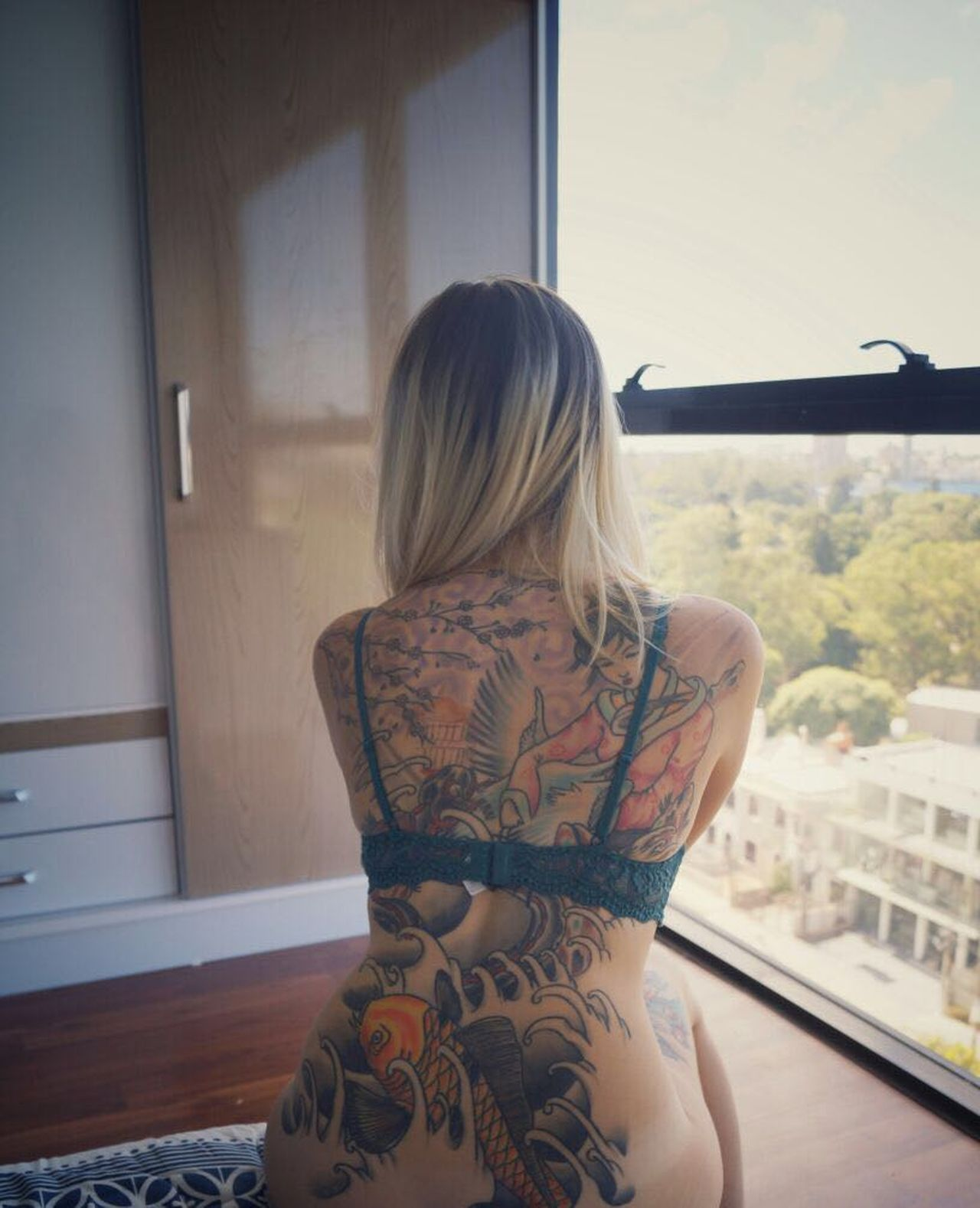 One Woman Only Only Women One Person Adults Only Window Long Hair Blond Hair One Young Woman Only Young Adult Adult Indoors  People Looking Through Window Rear View Young Women Day Beauty Women Sensual 💕 INKEDGIRL SexyGirl.♥ Sexywoman Tattooed Beautiful Woman Day Dreaming