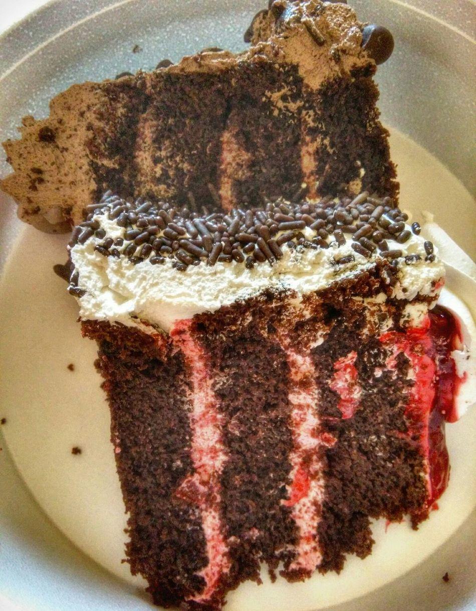 Temptation Choclatelover🍫🍫😁😁 Choclate Cake Blackforestcake Deserts Around The World Desert Beauty SugarRush Yummy♡