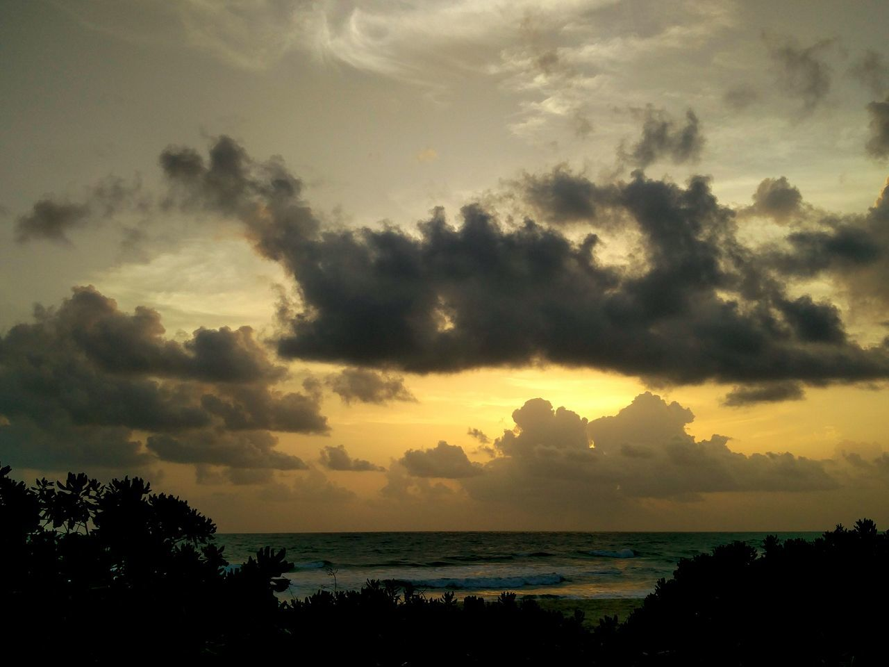 The Essence Of Summer Sunset_collection Cloud_collection  Beach Photography Beachview Phone Photography India Beachesofindia
