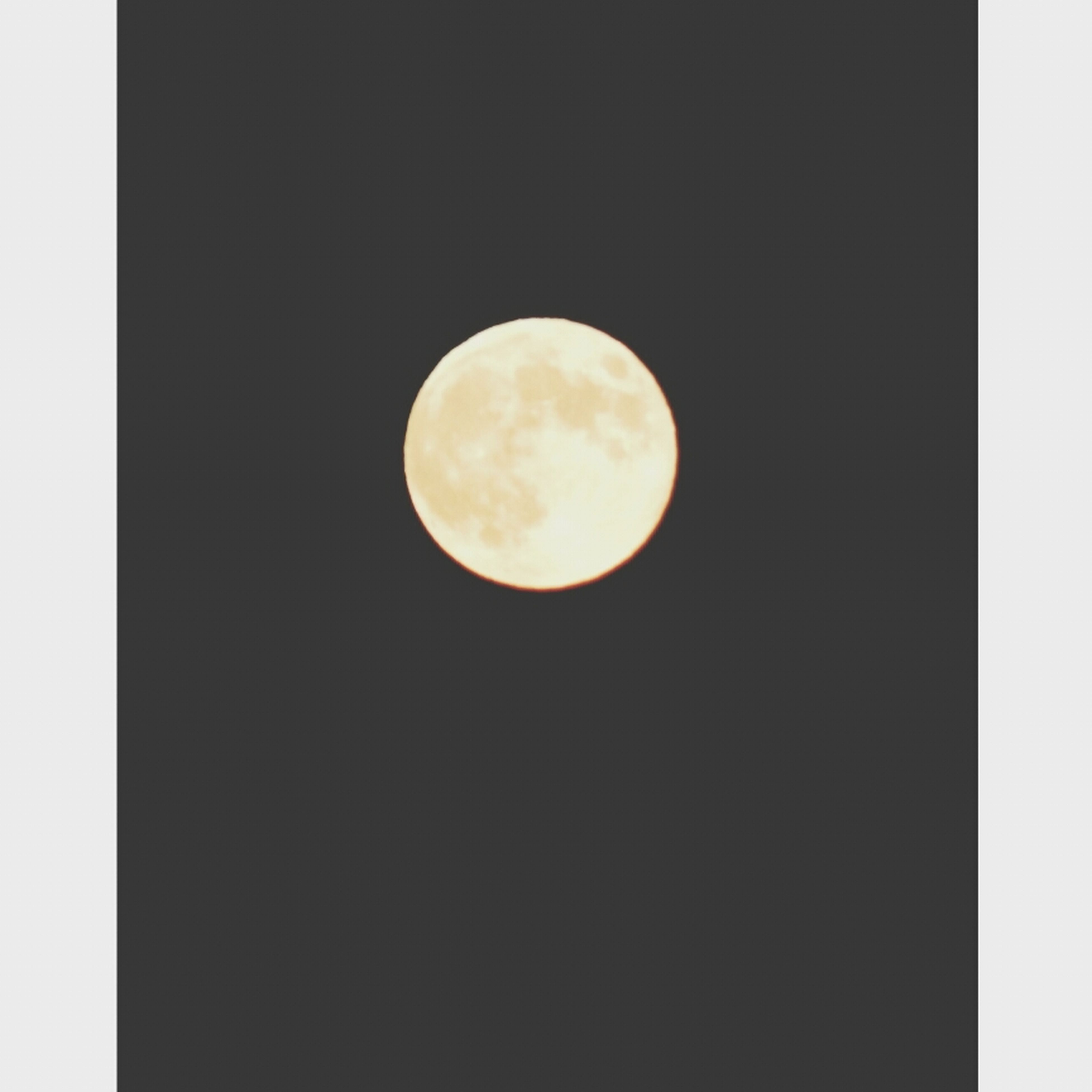 moon, astronomy, full moon, night, planetary moon, circle, low angle view, copy space, moon surface, beauty in nature, tranquility, scenics, tranquil scene, space exploration, nature, clear sky, discovery, sky, dark, sphere