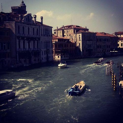 Venezia Laguna Cittádivenezia Gondole Calle Piazzasanmarco Acqua Barche Imbarcazioni Cieli Ibeicieli Motoscafi Gitefuoriporta Italia