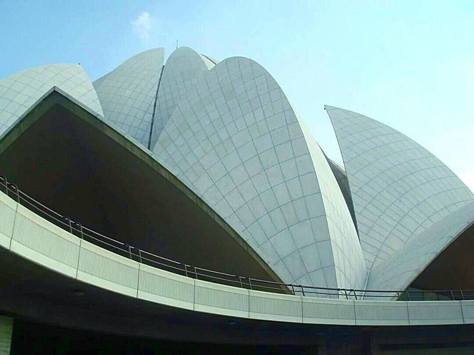 Architecture Modern Built Structure City Travel Destinations Arts Culture And Entertainment Building Exterior Futuristic No People EyeEmNewHere Art Is Everywhere Indianstories Bahai Temple Religion Peace And Quiet