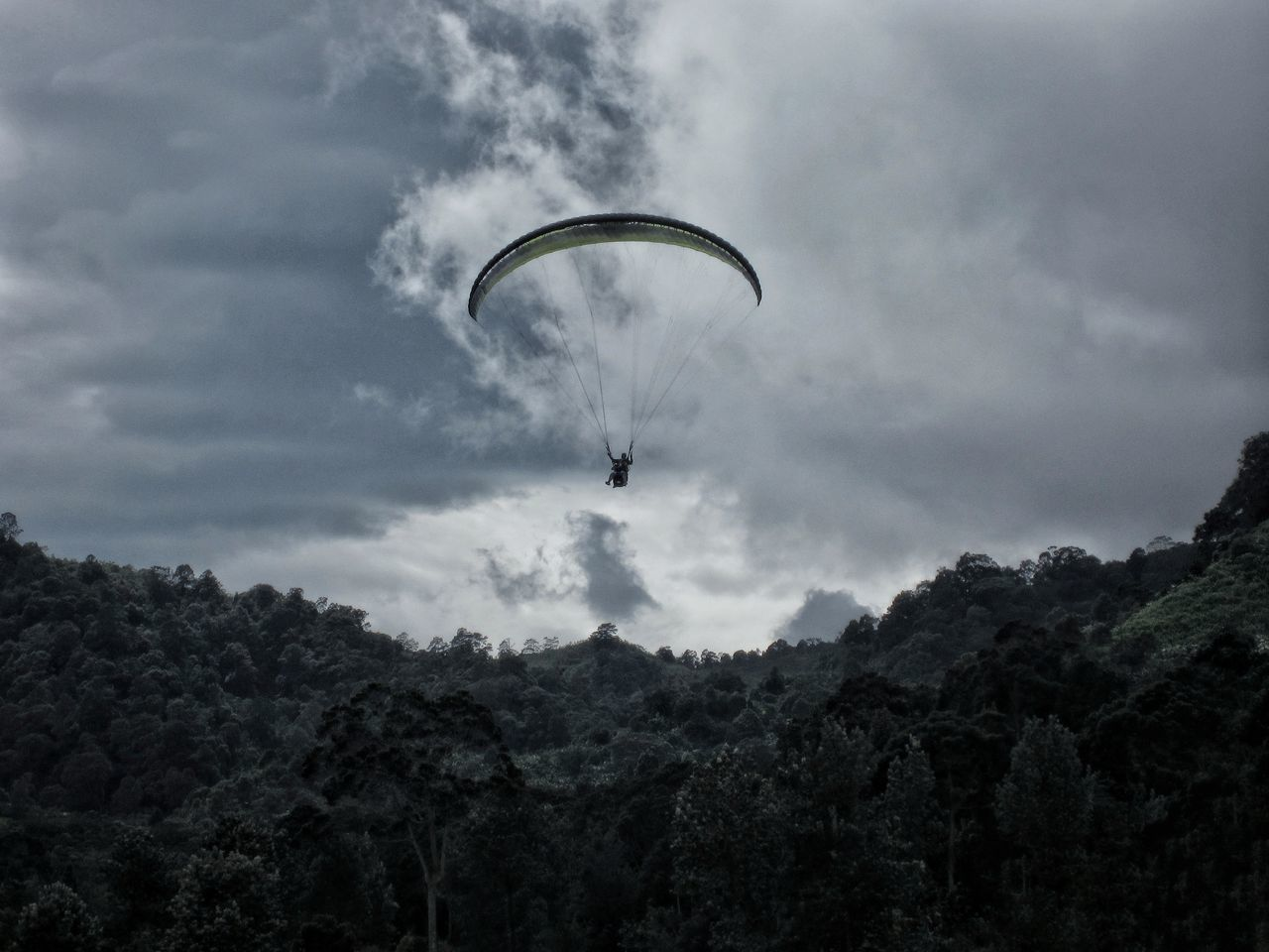 Flying Cloud - Sky Sky Nature Scenics Outdoors Paragliding Beauty In Nature Parachute Extreme Weather Extreme Sports Danger Dangerous Travel Exploration Adventure Adrenaline Junkie Adrenaline Explore EyeEm Indonesia