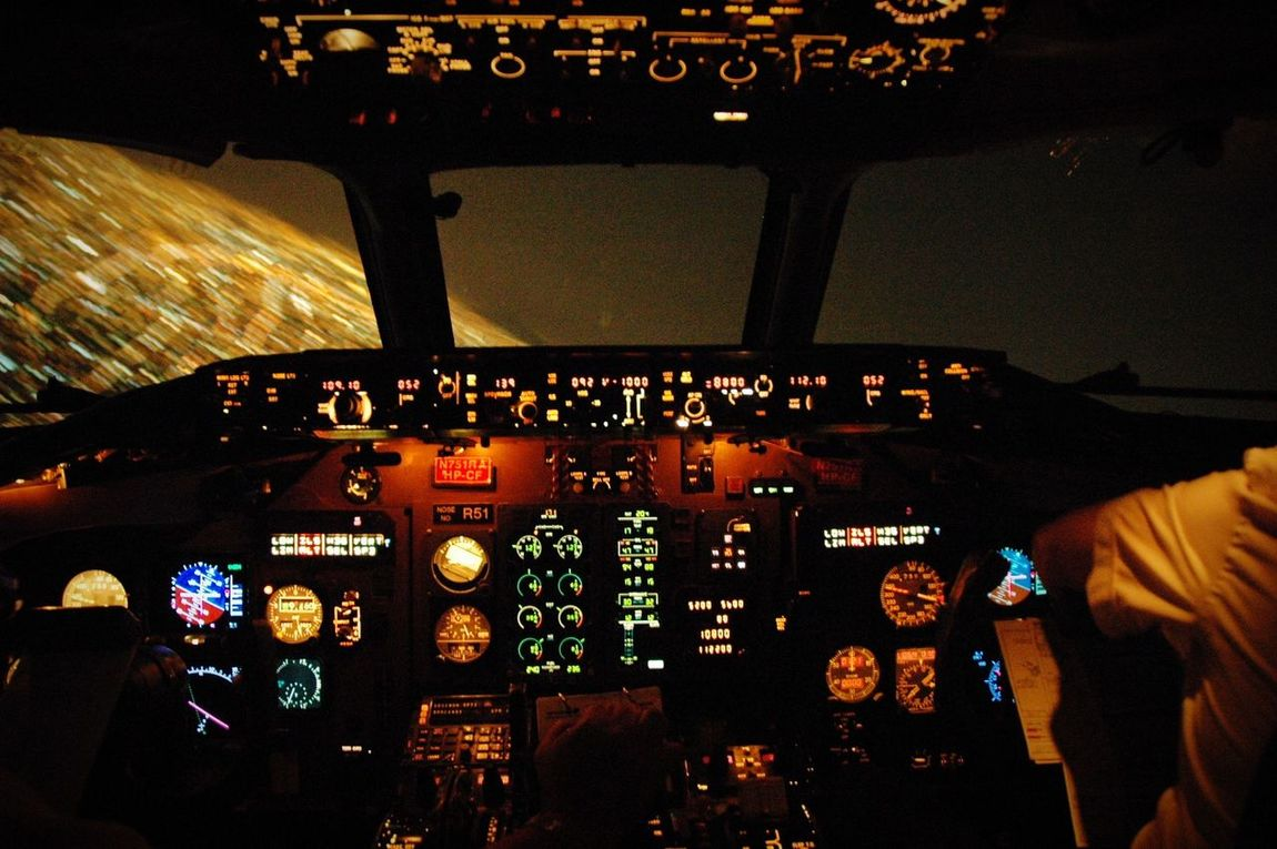 Aeromexico Md82 Airplane Cockpit Aicm