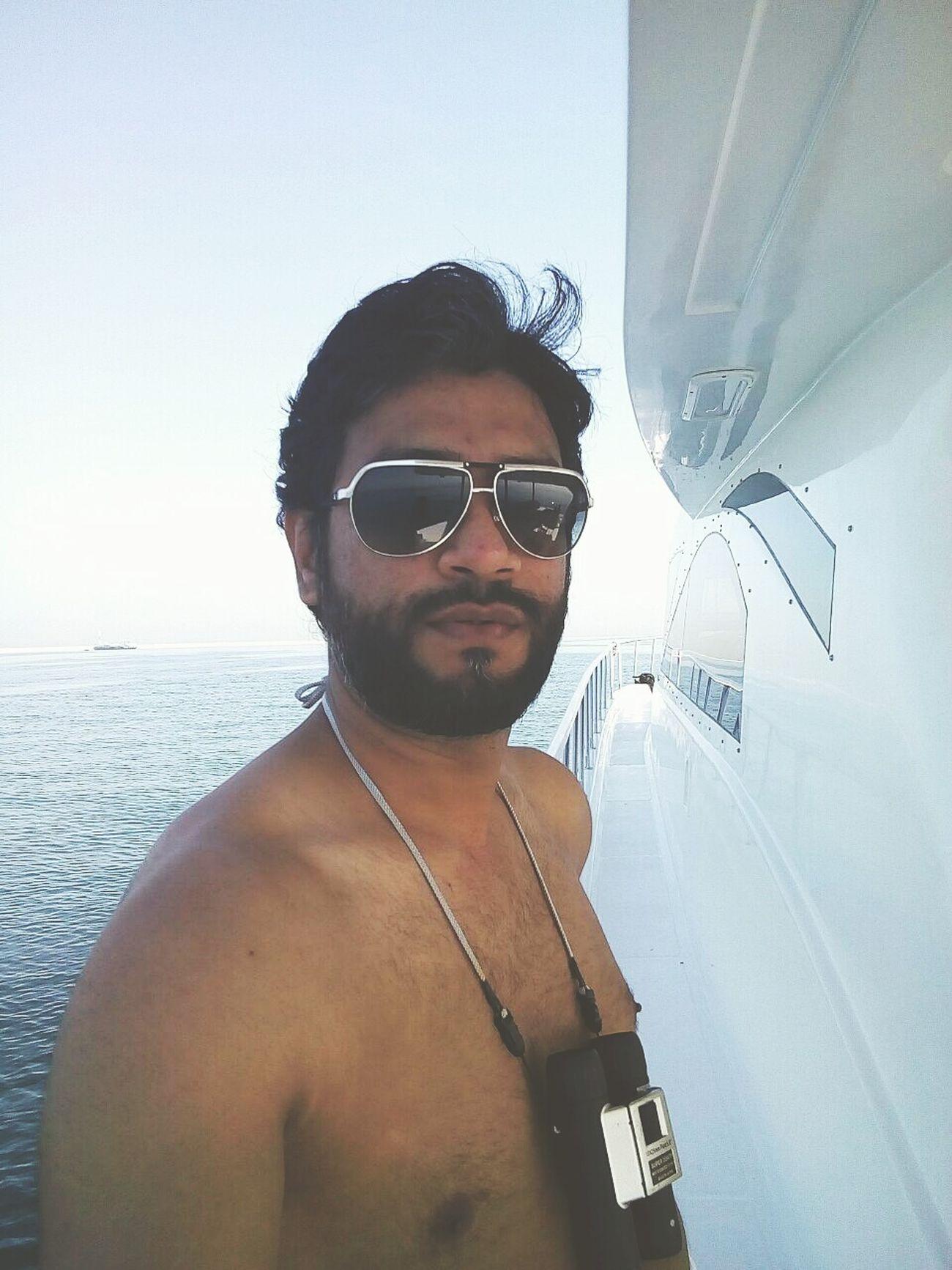 Big Bro..??⛅ Yacht Unitedarabemirates Abudhabi Lifeinuae Sealife ✌✌✌