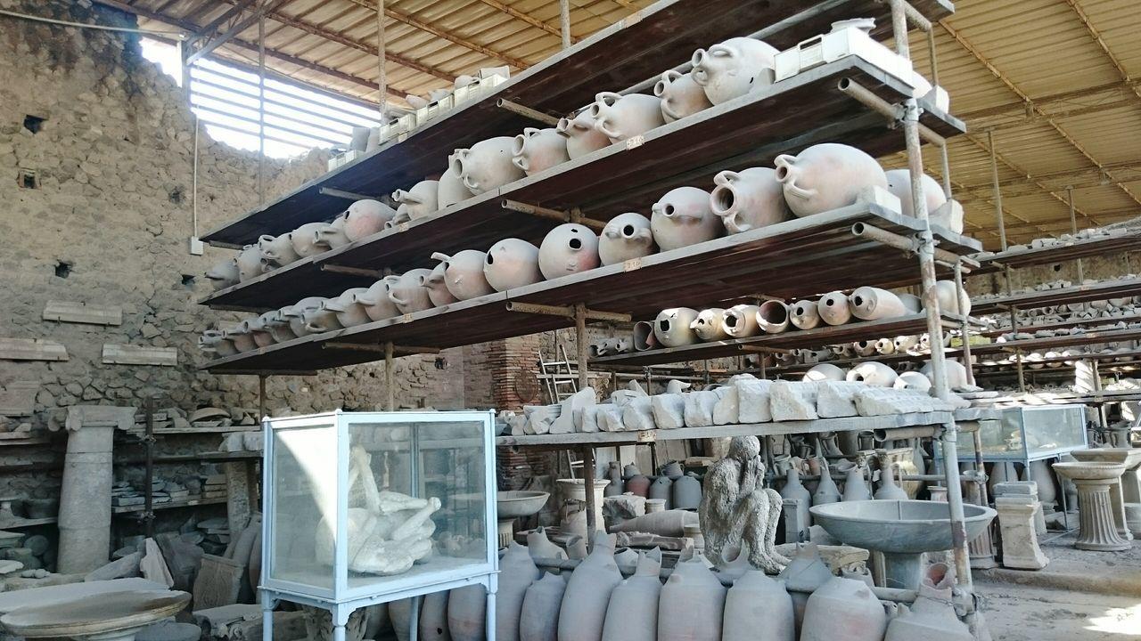 Помпеи помпеи раскопки глиняные кувшины раскопки помпей Pompeii  Pompeii Ruins Pompeii Last Day... Pompeii The Exhibition