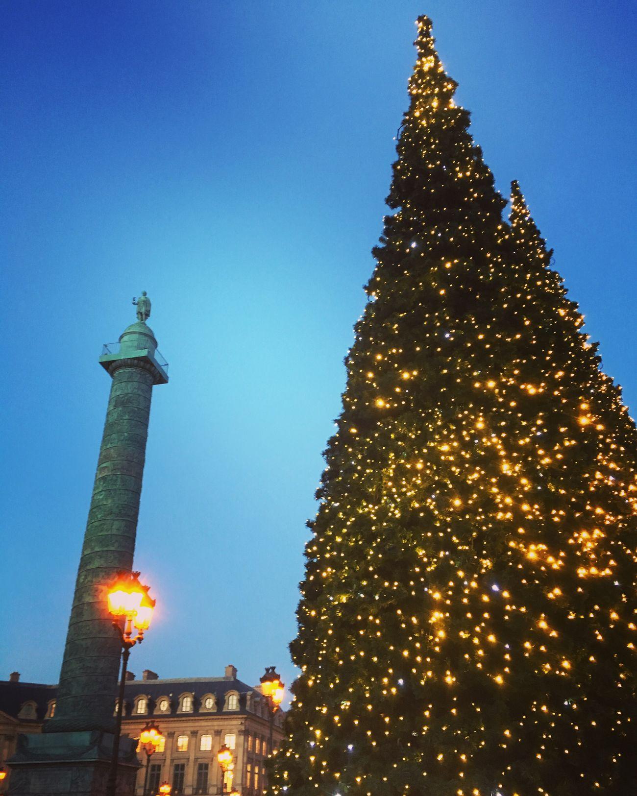 Paris Place Vendome Christmas Tree Christmas Decoration Christmas Around The World