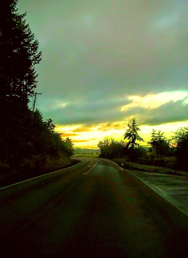 Dashcam Dashboard View Dashboard Photography Seen On The Road. Travel Photography Country Riad Cruise Control  Whats Around The Corner? Drive Drivebyphotography The Portraitist - 2016 EyeEm Awards The Week Of Eyeem I Like My Own Pictures!✌😎 Exploring New Ground