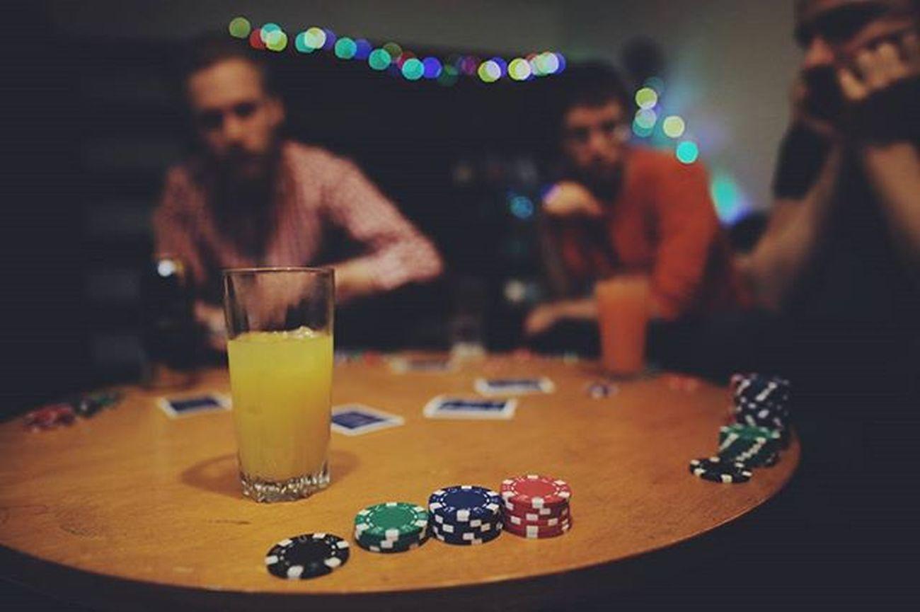Flashback from poker night 8pm-5am Poker Pokernight Boysnight Pokerface Saturdaynight Game Juice Wellplayed Sigma20mm VSCO Vscocam