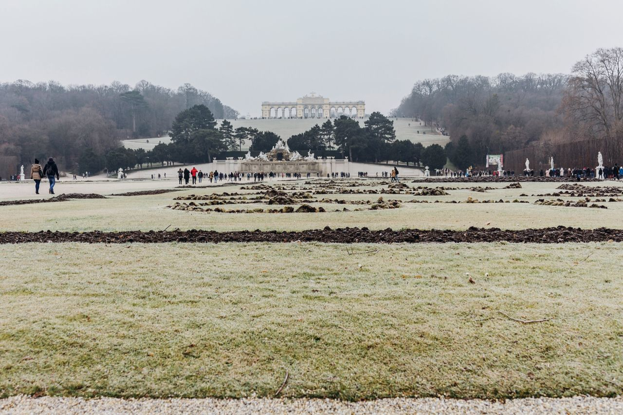 Shönbrunn Outdoors Landscape_photography Tourist Wintertime Vienna Wintertime In Austria Historical Place Tourist Destination Tourist Attraction
