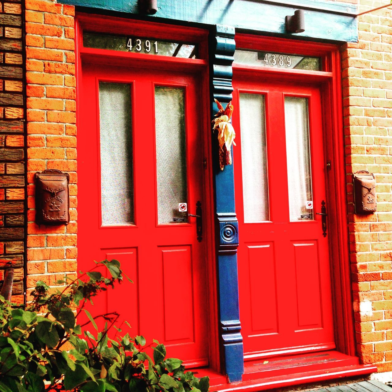 Plateau Fall Beauty Doors Red My Neiborhood Montreal, Canada Montrealcity Montréal