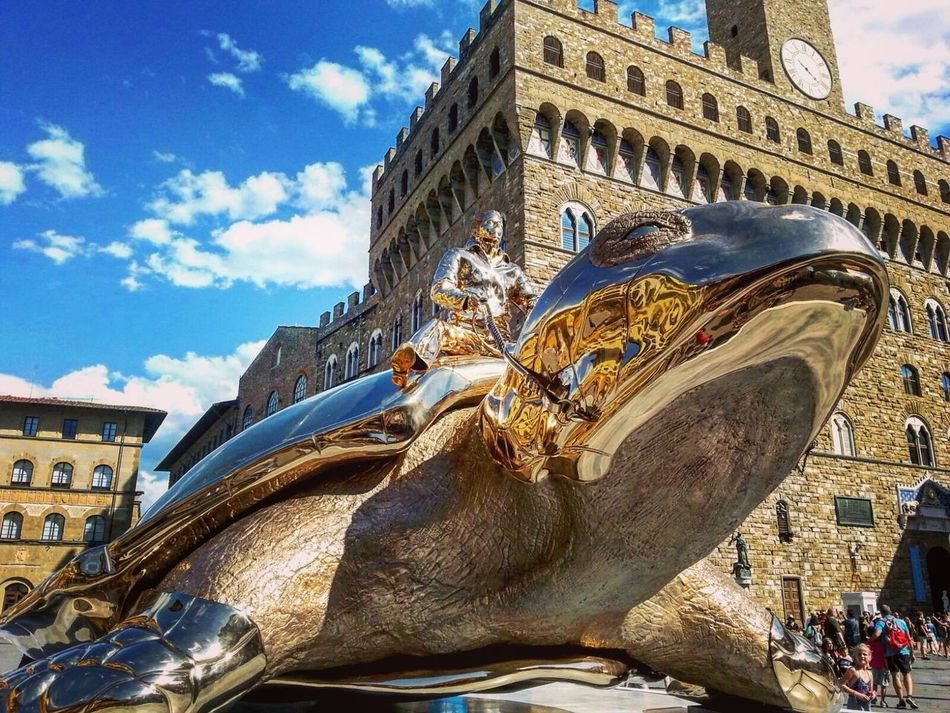 Jan Fabre Turtle Art Exposition Florence Firenze Italy Architecture Travel Building Exterior Sky History Ancient Travel Destinations Statue Tourism Built Structure Gold City Cloud - Sky Mythology Outdoors No People Sculpture Gold Colored EyeEmNewHere
