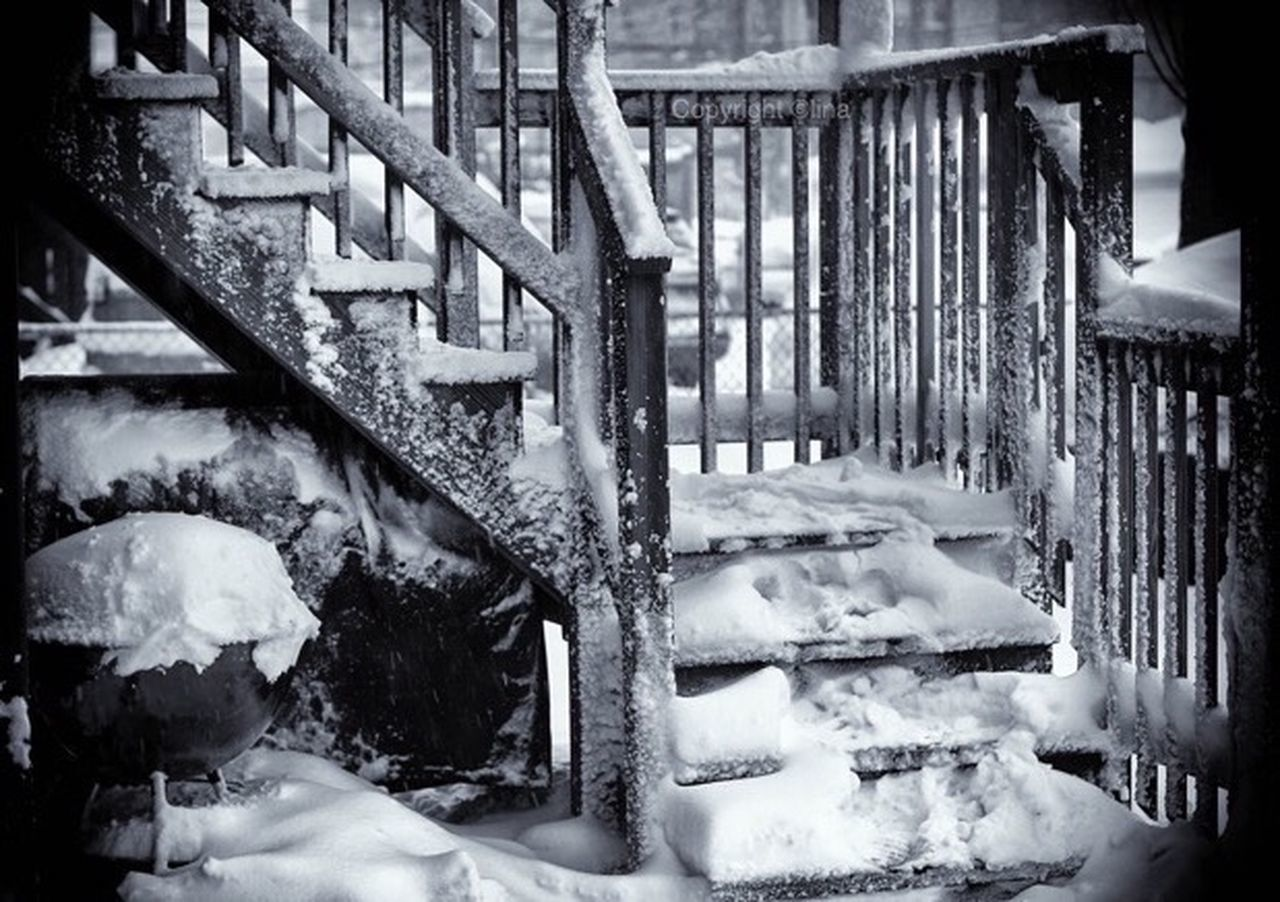 snow, cold temperature, winter, frozen, weather, ice, abandoned, no people, built structure, outdoors, day, nature, architecture, snowing, close-up, freshness