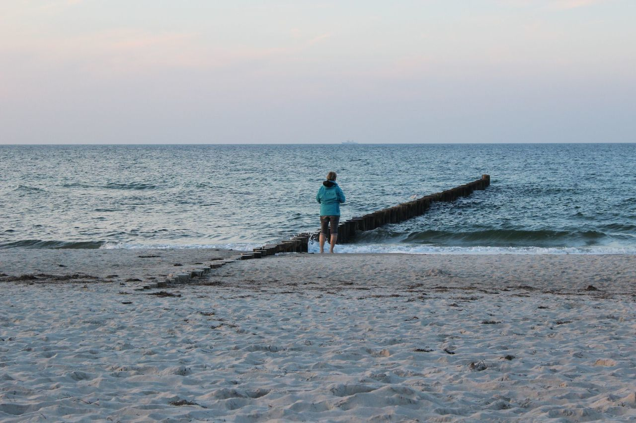 Water Tranquil Scene Eyem Nature Lovers  Life Is A Beach Water_collection Horizon Over Water Outdoors Getting Away From It All Nature_collection Beachphotography