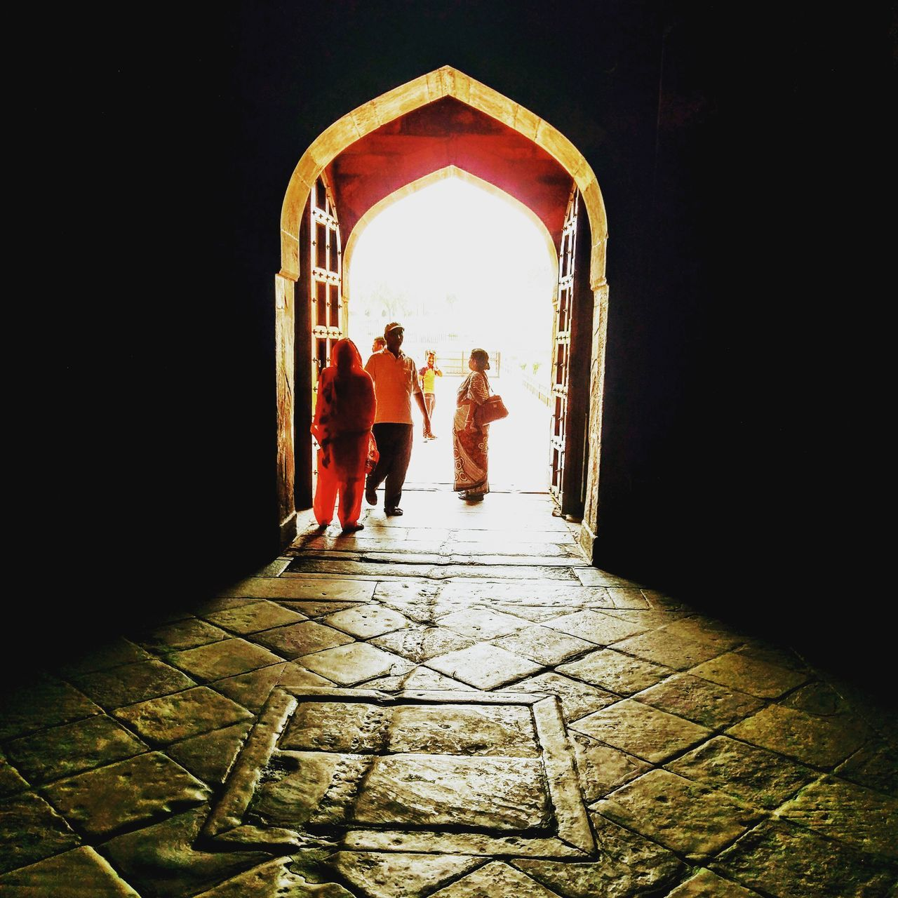 """They say that there is a light of hope at the end of every dark tunnel!!! I say, """"Maybe Not"""" Architecture Mughalarchitecture Mesmerized Awesome Wanderlusting Royal Gate Dark Light Brilliant"""