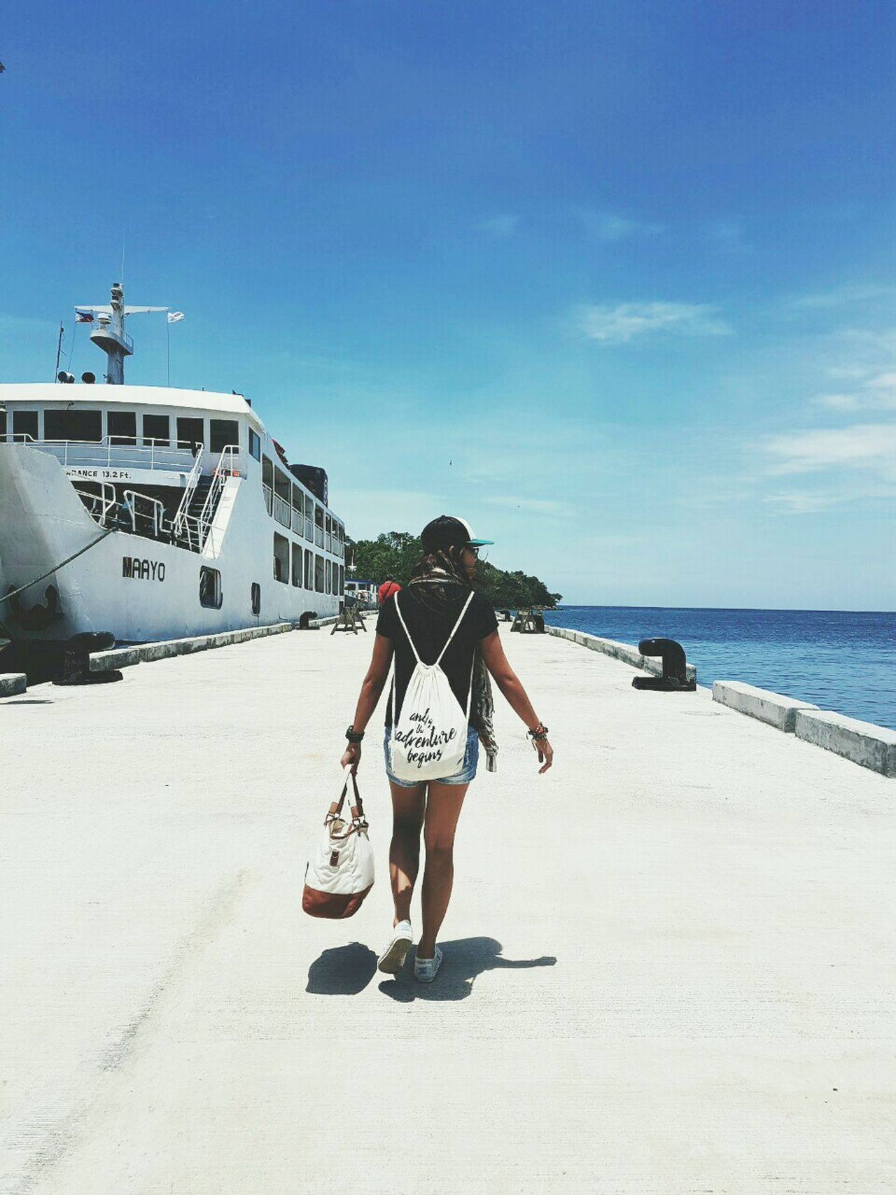 i always believe that traveling is the best antidote to the world's negativity. Vacations EyeEm Gallery EyeEm EyeemPhilippines Camiguin Philippines Outdoors Beach Blue Tropical Paradise EyeEm Nature Lover