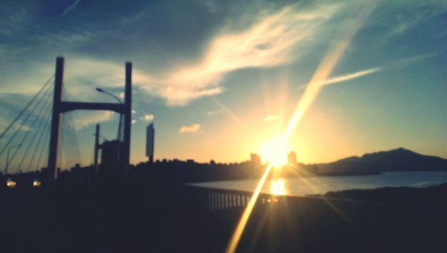 原諒,但並不遺忘 Sunset Bridge Forgive Not Forget