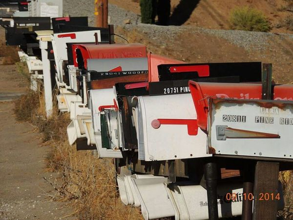 TehachapiCalifornia Cool Pics Mailboxes That's Me Taking Photos Blazing with Carrie