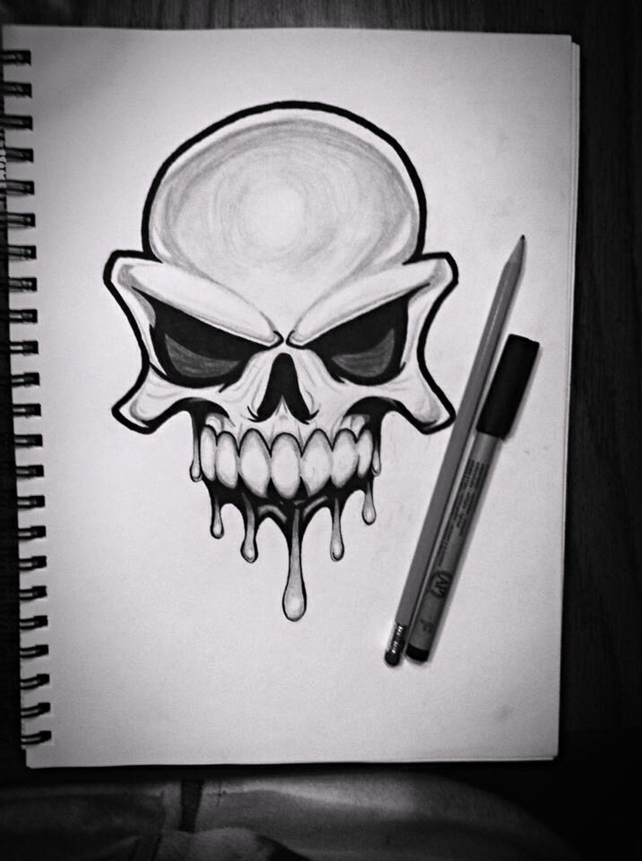 I'm also quite the artist when I have the time. Drew this for my boyfriend last fall 💀💕 Skull Drawing Skull Pencil Pen Permanent Marker
