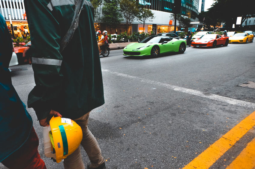 3XSPUnity Adult Eye4photography  Fujifilm Green Green Color Lieblingsteil Safety Helmet Street Street Photography Streetphotography Transport Transportation